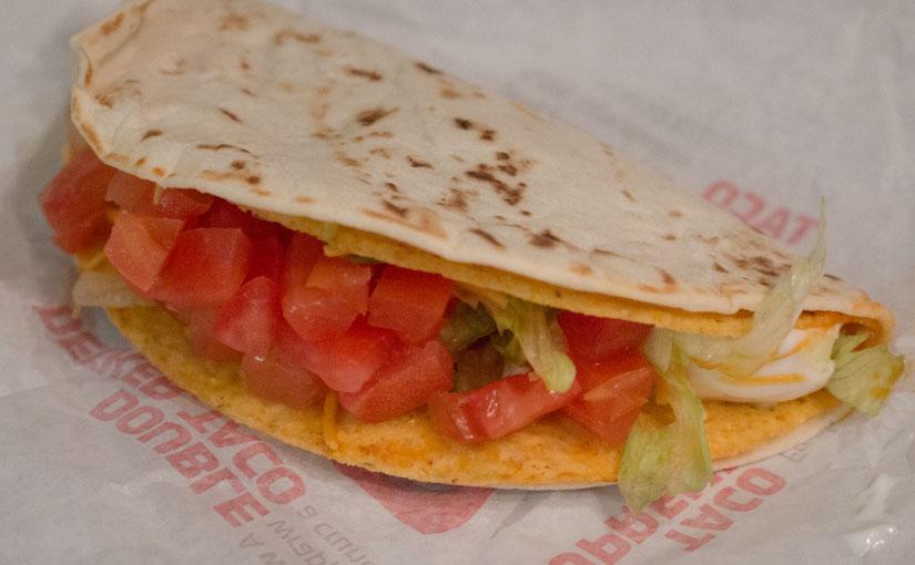メキシコ人の国民食タコスとアメリカで進化したテックス・メックスのタコスについて